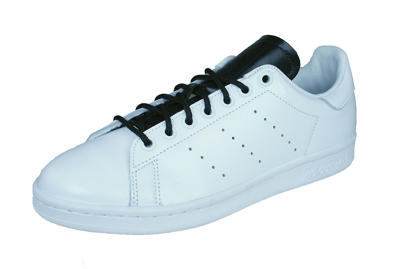 best service 4e9ef 0565e adidas Originals Stan Smith Mens Leather Trainers / Shoes - White