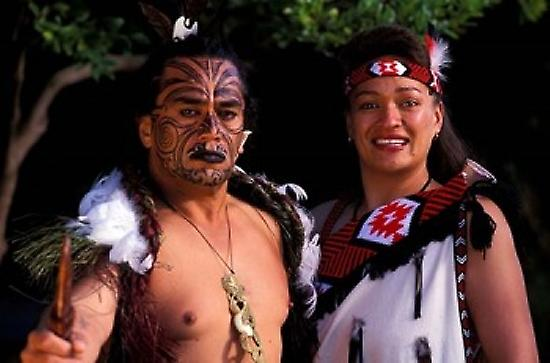 the maori of new zealand The maori are the indigenous people of new zealand they are polynesian and make up 15 percent of the country's population te reo maori is their native language which is related to tahitian and hawaiian.