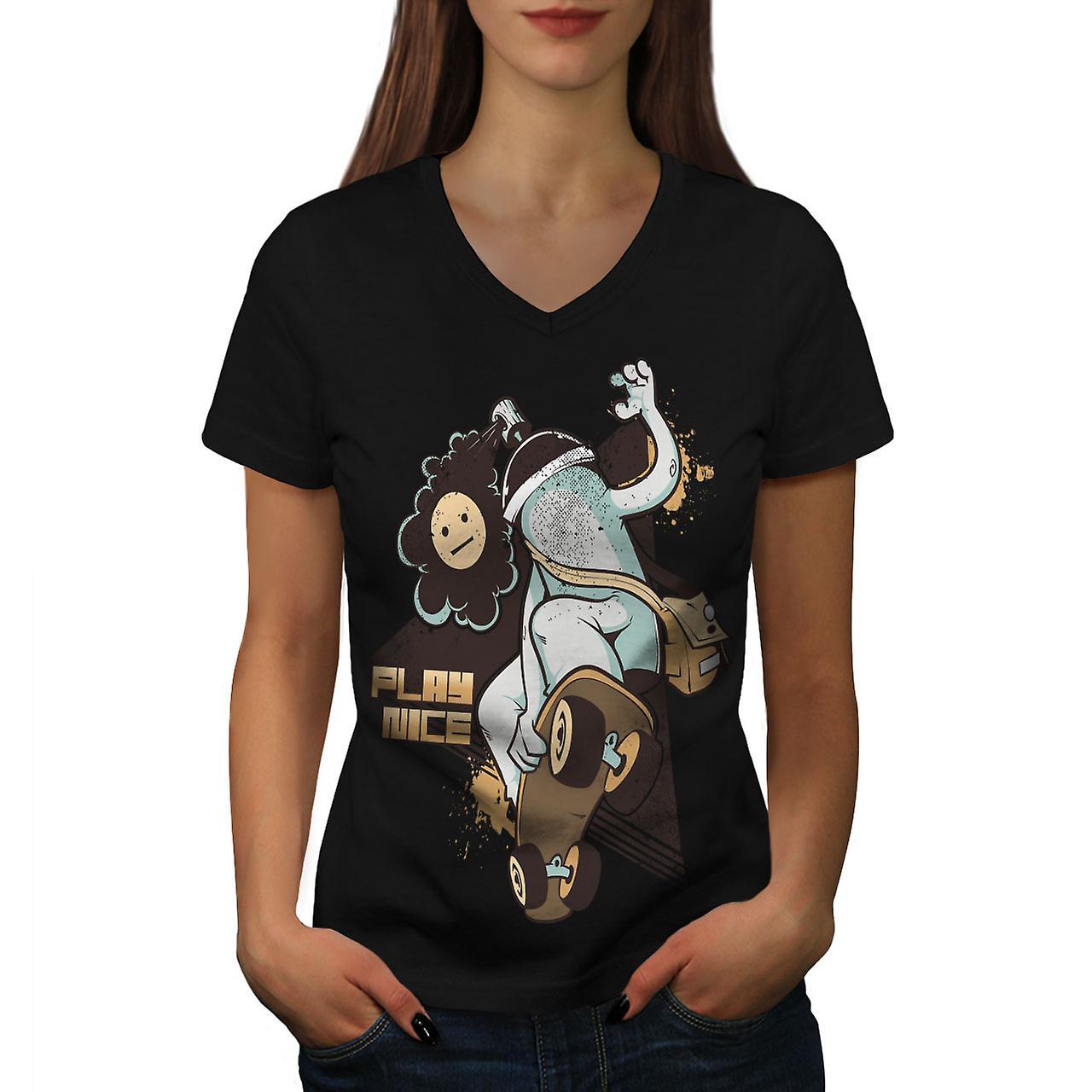 097705364c0f Spela fin Skate mode kvinnor BlackV-hals T-shirt | Wellcoda | Fruugo