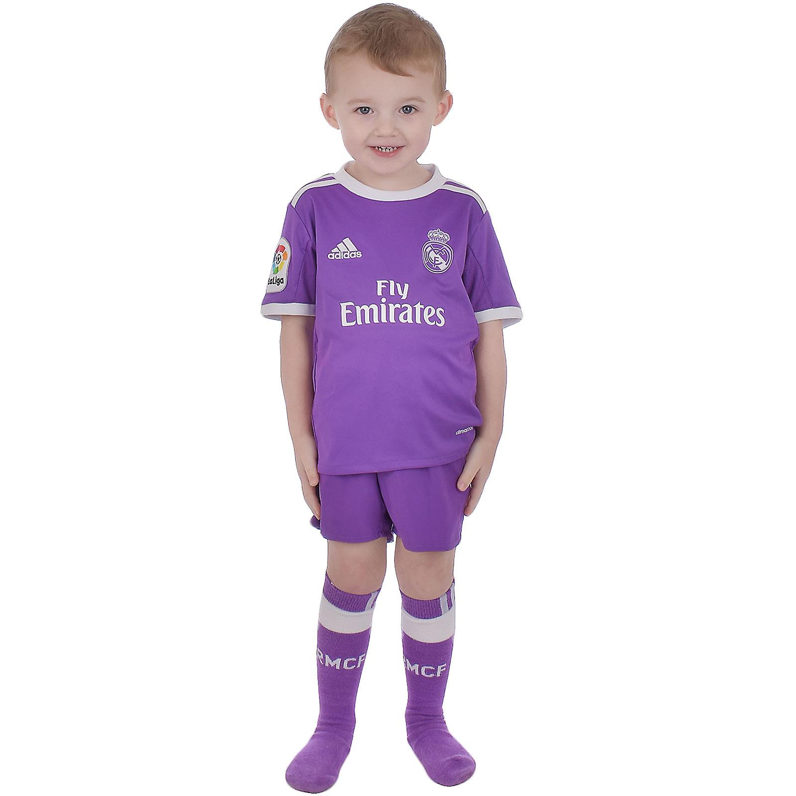d9634662d adidas Performance Real Madrid Away 16/17 Junior Boys Replica Football Mini  Kit