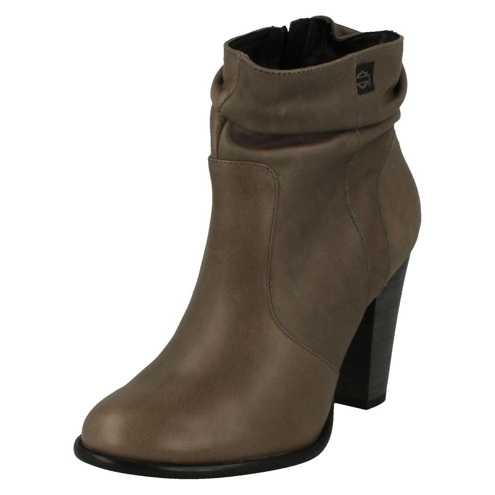 4cb2b865f4d3f Ladies Harley Davidson Heeled Ankle Boots Stone Brook - Grey Scrunch  Leather - UK Size 4 - EU Size 37 - US Size 6