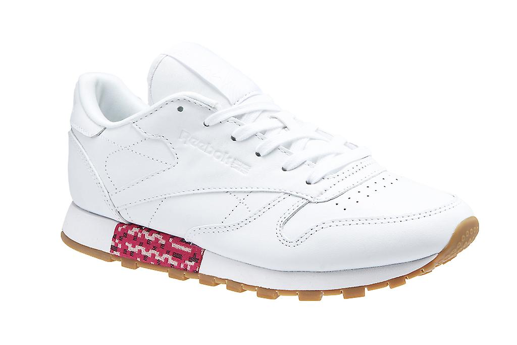 f634b77e612 Reebok classic leather old meets new ladies genuine leather sneaker white