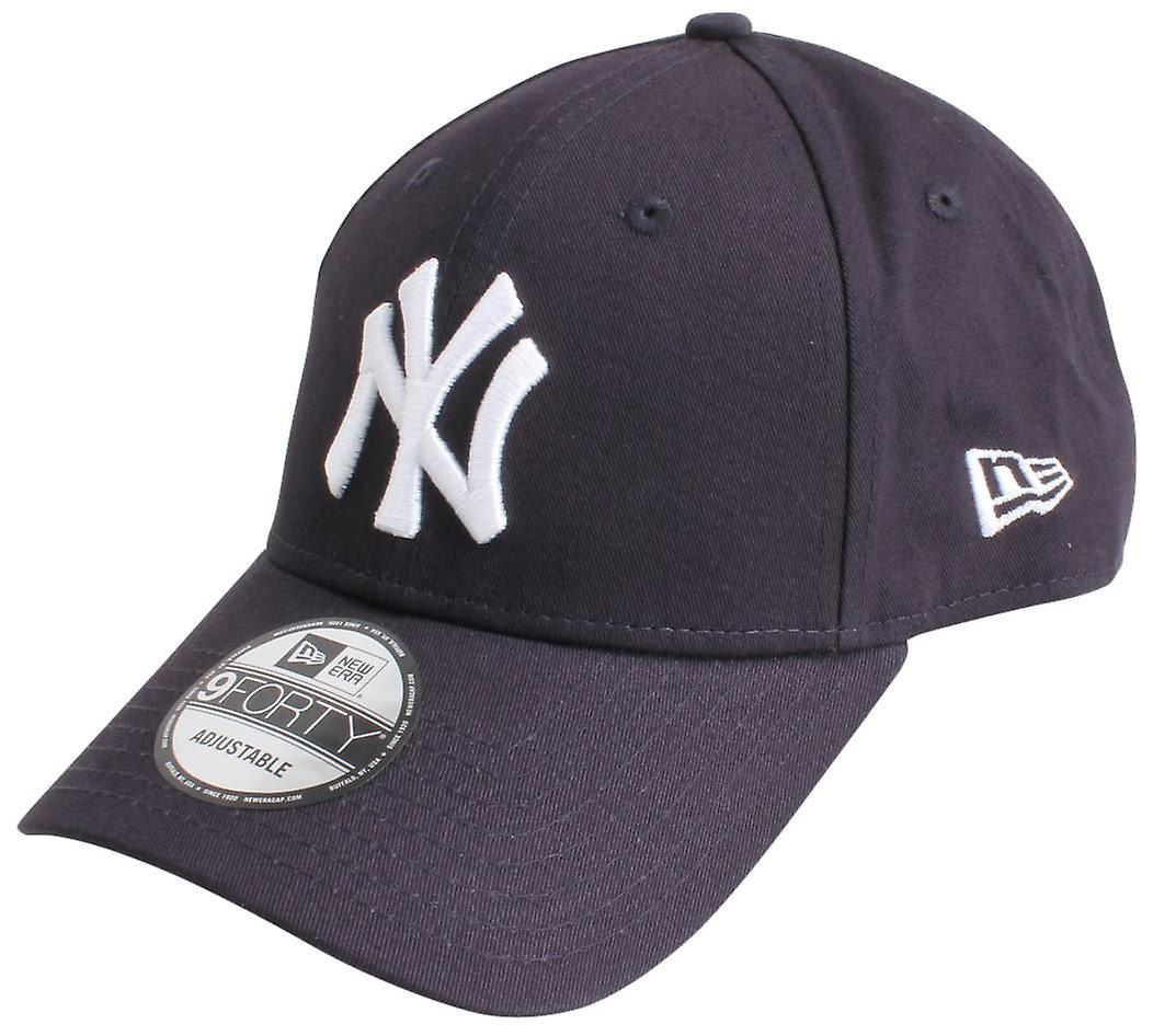 23caa412b8965 New Era 9FORTY Essential New York Yankees Cap - Navy