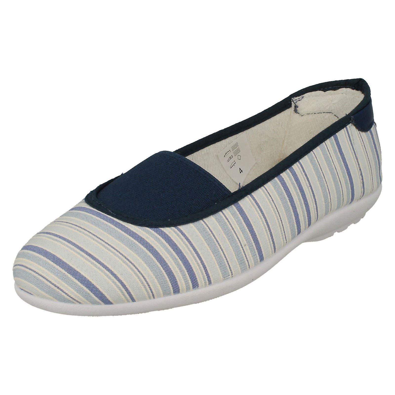 On Easy Canvas Shoes Slip UK Stripes B Canvas Hilary Navy Ladies TJlF5uc3K1