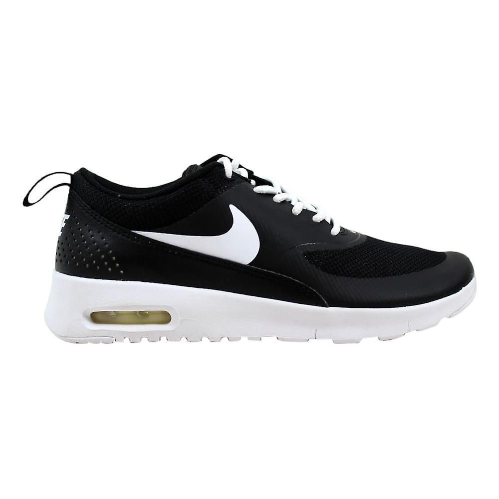 newest b209d d8aea Nike Air Max Thea BlackWhite Grade-School 814444-006 Size 3.5 Medium