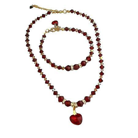 Swarovski Siam röda kristaller hjärta hänge Halsband armband guld tonen a28d1bc9b2490