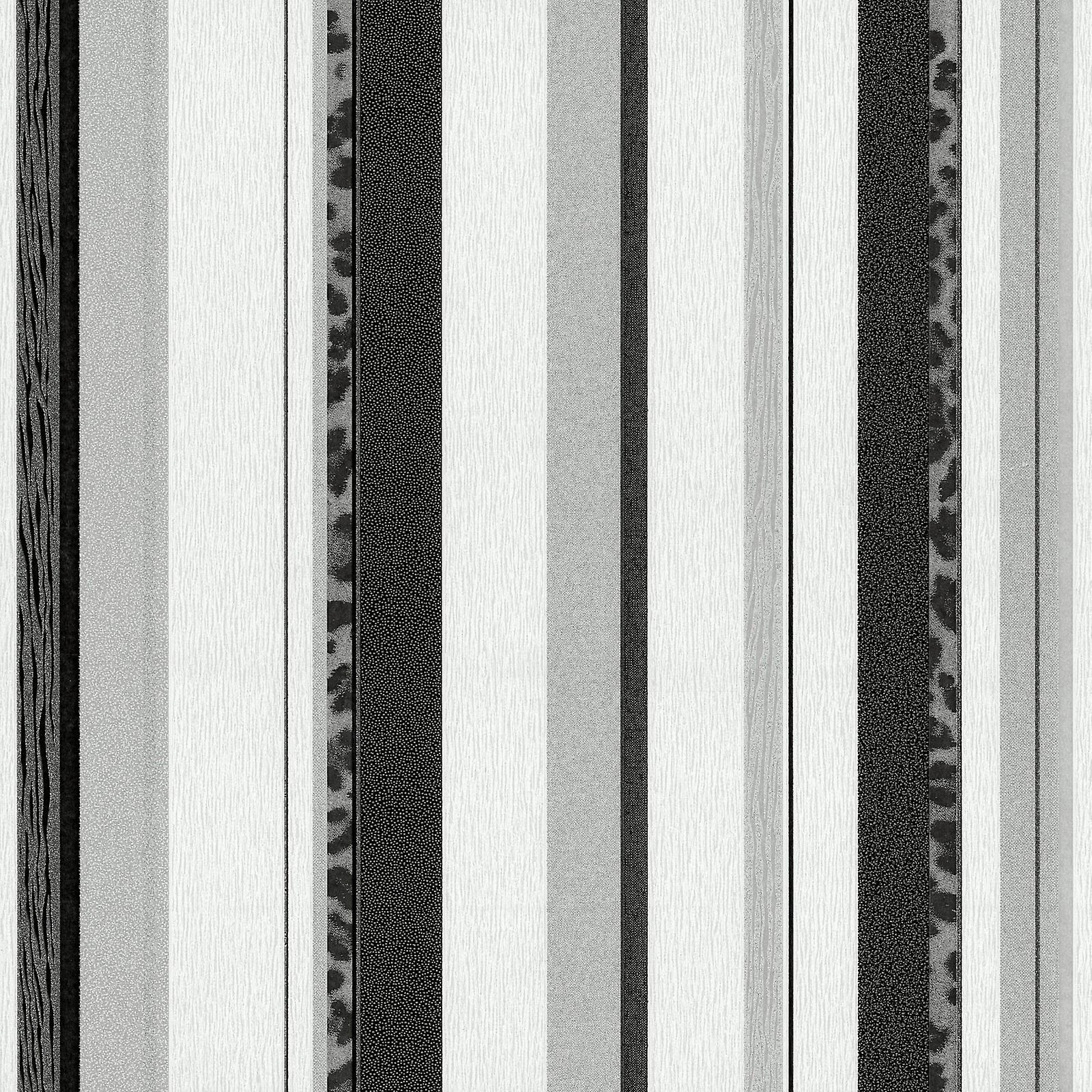 Black and silver striped wallpaper