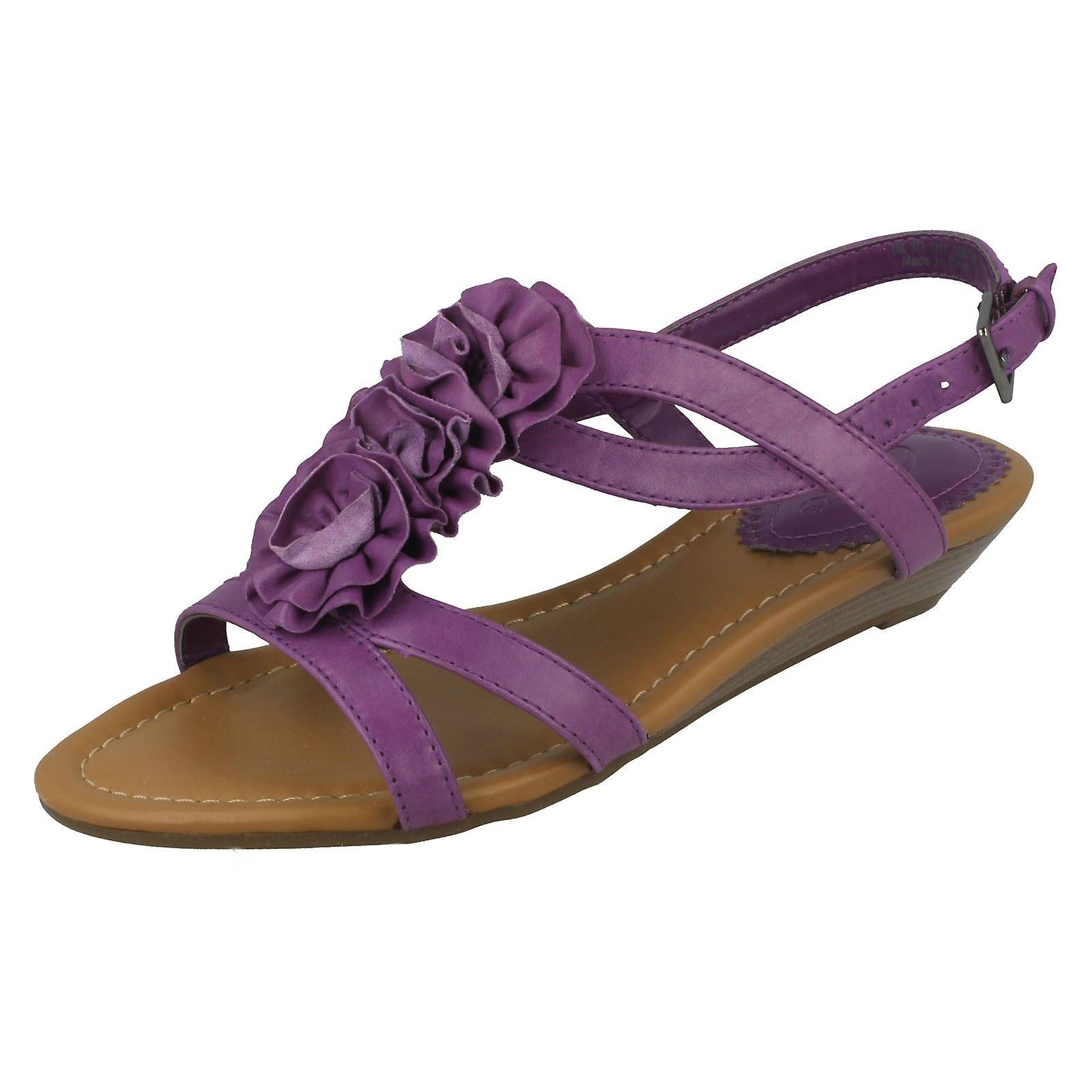 2e70e37eafb9 Damen Clarks Sandalen mit kleinen Keil Ferse Santa Rock   Fruugo