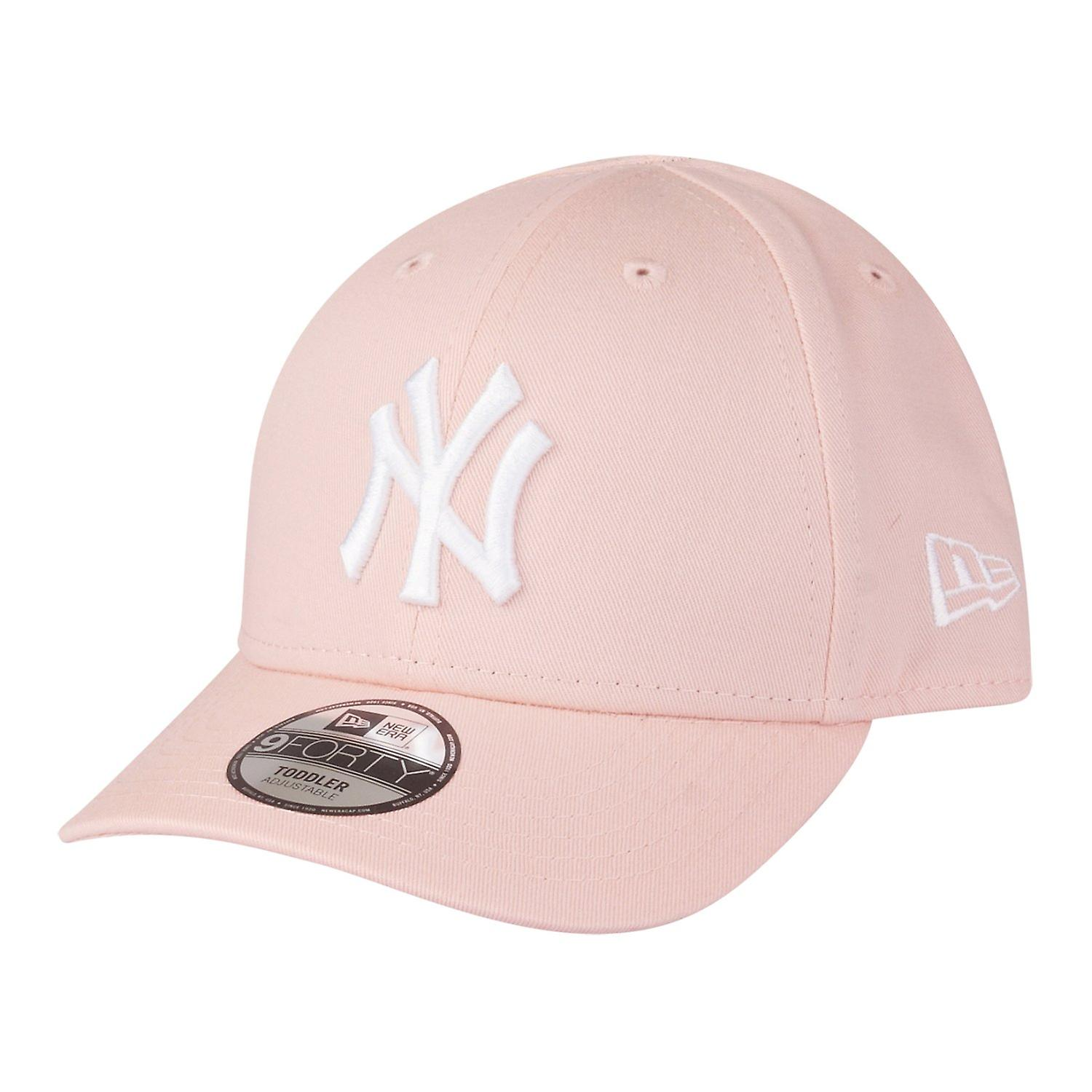 New era 9Forty stretched girl KIDS Cap - NY Yankees pink  3df61a9cdbd