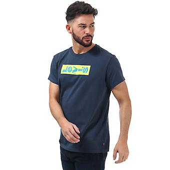 Heren's Levis Relaxed Lazy Graphic T-shirt in Blauw