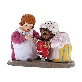 Beatrix Potter Mrs. Tiggy-Winkle and Lucie Mini Figurine