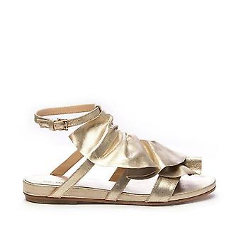 Flat Sandal With Gold Leather Maxi Rouches