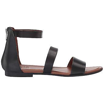 Naturalizer Women's Tish Flat Sandal
