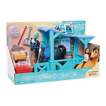 Dreamworks Spirit Classic Horse and Stable Set 10PCs