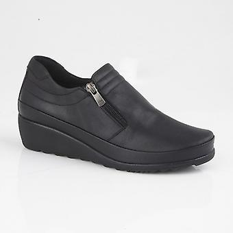 Mod Comfys Plasha Ladies Leather Wedge Zip Shoe Black