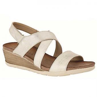 Cipriata Bina señoras strappy sandalias de cuña de plata ligera
