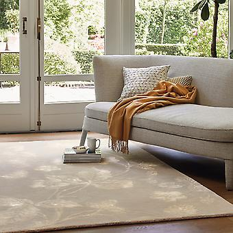 Wild Strawberry Rugs 38201 By Wedgwood