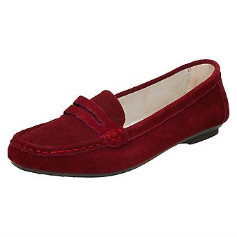 Ladies Down To Earth Moccasin Shoe 'F8996'