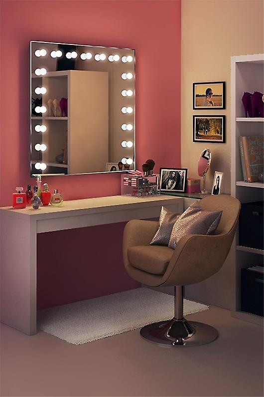 RGB Françoise Hollywood Mirror Daylight k94cwrgb