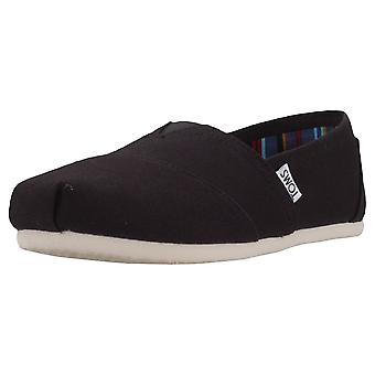 Toms Classic Womens Slip On Shoes in Black
