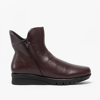 Cipriata Cara Ladies Leather Zip Up Ankle Boot Dark Burgundy