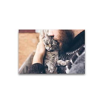 رجل ملتح تقبيل رائعتين القط ملصق -صورة من قبل Shutterstock