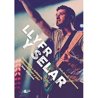 Llyfr y Selar by Owain Schiavone - 9781784615048 Book