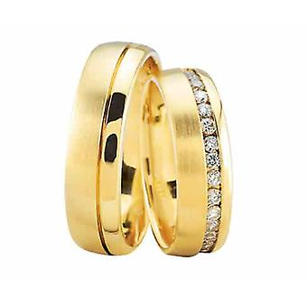 Gold wedding rings with 37 diamonds