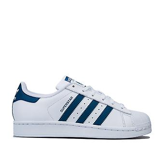 Girl's adidas Originals Junior Superstar Trainer in Weiß