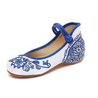 kvinners kinesiske retro etnisk broderi lav hæl flat heis cheongsam kjole sko blå og hvit porselen papir-cut