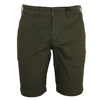 Lyle & scott men's trek green chino shorts