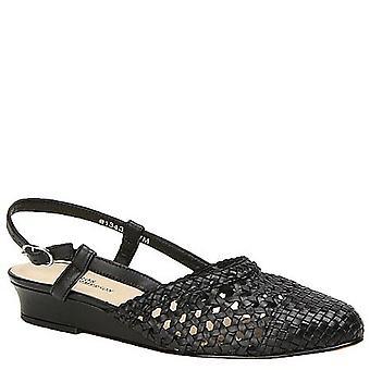 Mark Lemp Classics Womens Jessy Pointed Toe Casual Slingback Sandals