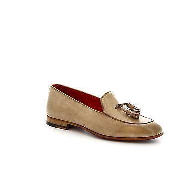 Leonardo sko kvinner håndlaget dusk loafers i beige okseskinn