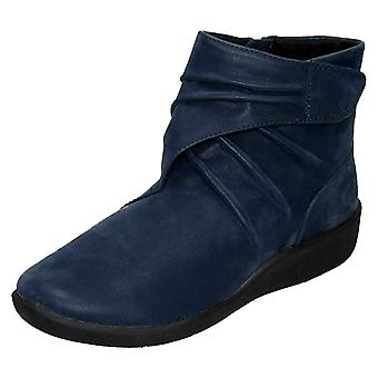 Ladies Clarks Cloud Steppers Ankle Boots Sillian Tana