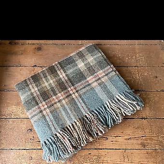 Wool throw Highland aqua