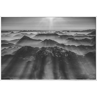 JUNIQE Print - Ballon Ride over Alperne 1 - Mountains Plakat i Grå &sort