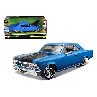 1966 Chevrolet Chevelle SS 396 Blue \Classic Muscle\ 1/24 Diecast Model Car by Maisto