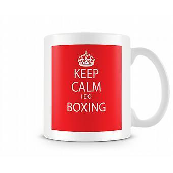 Hålla lugn jag gör boxning tryckta mugg