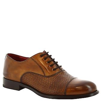Leonardo Shoes Man's handmade lace ups derbies shoes in tan leather