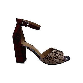 Jessica Simpson Women's Sherron Wheeled Heel Shoe