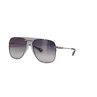 Gucci GG0739S 001 Hopea/harmaa kaltevuus aurinkolasit