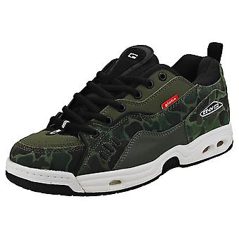 Globe Ct-iv Classic Mens Skate Trainers in Camouflage