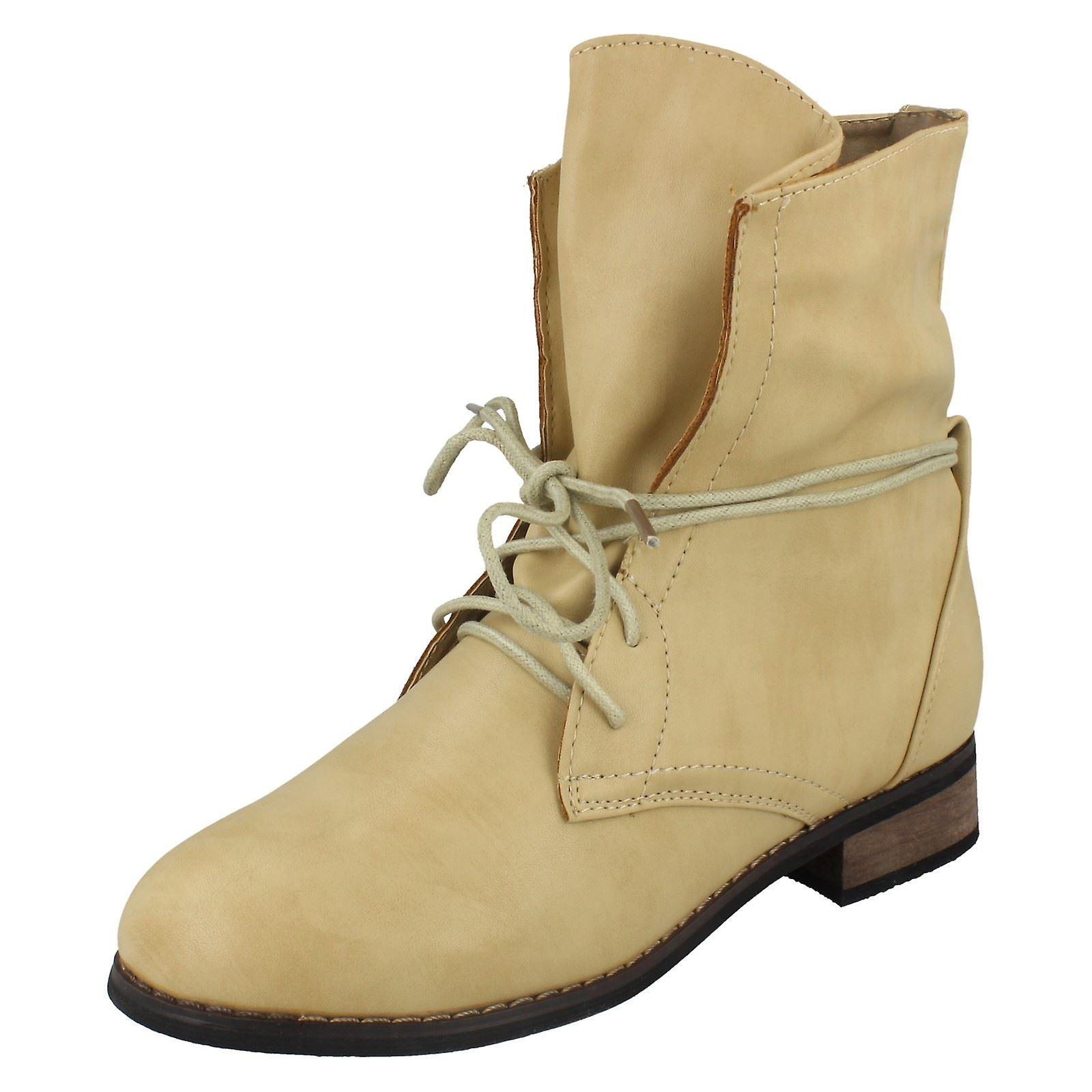 Ladies Spot On Low Heel Lace Up Ankle Boots sVQnZ