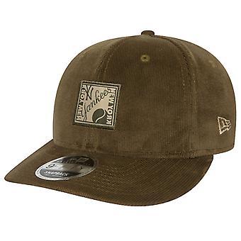 New Era 9Fifty Snapback CORD Cap - NY Yankees oliv