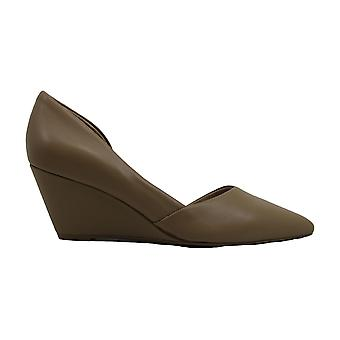 Kenneth Cole New York Womens Ellls Leather Closed Toe Wedge Pumps