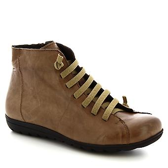 Leonardo Shoes Women's handmade lace-ups ankle boots in taupe calf leather