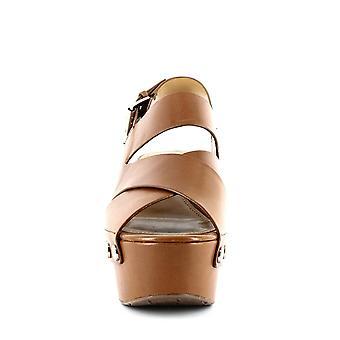 Marc Fisher LTD Bianka Dark Natural Leather 7