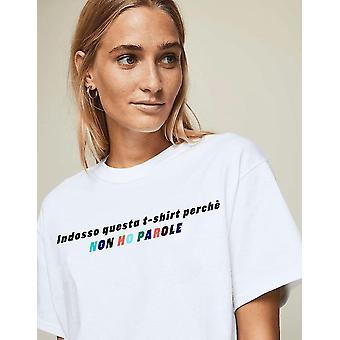 私は女性のTシャツの言葉を持っていません