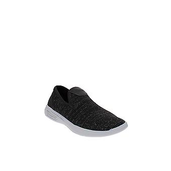 Reaction Kenneth Cole | The Ready Sneaker