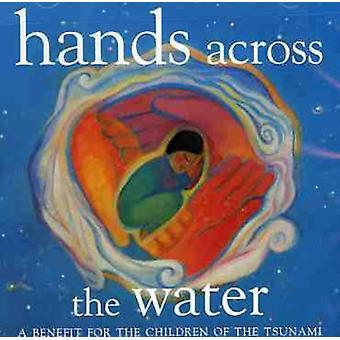 Mãos em toda a água-benefício para as crianças de - mãos em toda a água-benefício para as crianças de importação EUA [CD]